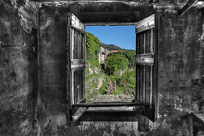 Let's Open The Windows - Apriamo Le Finestre Art Print