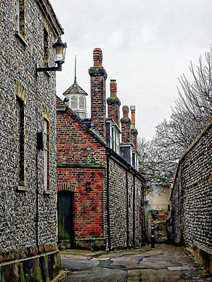 Photograph - Down The Alleyway Lewes by Dorothy Berry-Lound