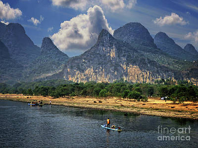 Photograph - Li River China by Lynn Bolt