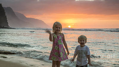 Photograph - Liam And Makena by Dustin K Ryan