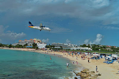 Photograph - Liat Landing At Sxm by David Gleeson