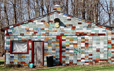Photograph - License Plate House - Cropped by MTBobbins Photography