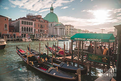Photograph - Life Of Venice - Italy by Jeffrey Worthington