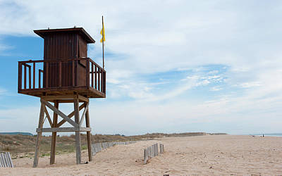 Photograph - Lifeguard Station by Helen Northcott