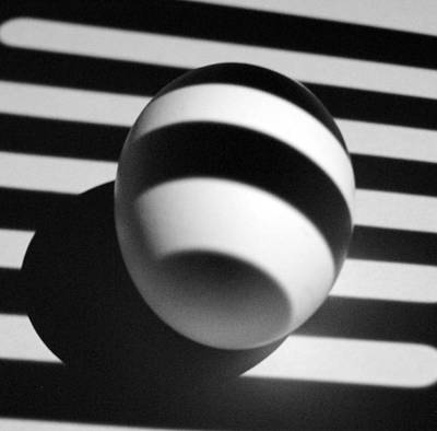 Photograph - Light And Egg 21 by Isam Awad