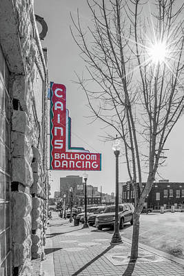 Cains Ballroom Photograph - Light-cain's Black And White With Starburst by Roberta Peake