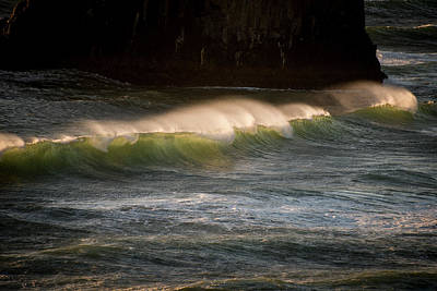 Photograph - Light In A Wave by Robert Potts