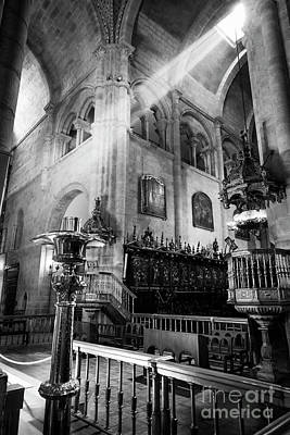 Photograph - Light Ray In Lugo Cathedral Bw by RicardMN Photography