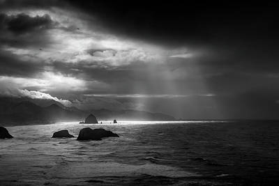 Photograph - Light Rays At Cannon Beach by Andrew Soundarajan
