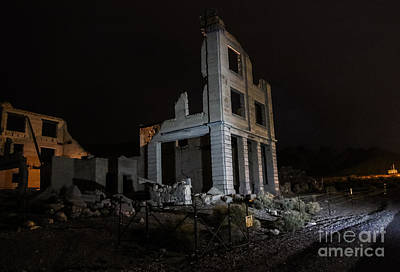 Photograph - Lighted Ruins by Suzanne Luft