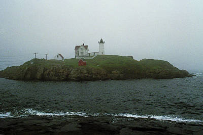 Photograph - Lighthouse - Cape Neddick, Maine by Frank Romeo