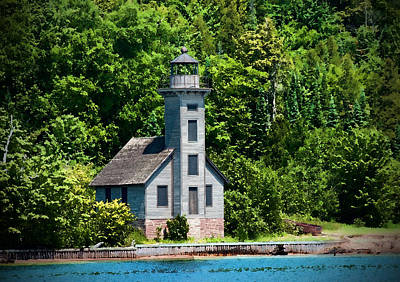 Photograph - Lighthouse Munising Bay by David Arment