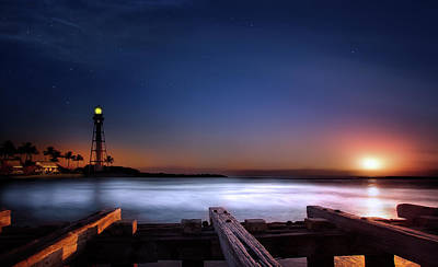 Sunrise At The Beach Photograph - Lighthouse Sunrise by Mark Andrew Thomas