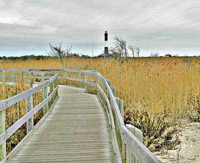 Photograph - Lighthouse Trail  by Raymond Earley