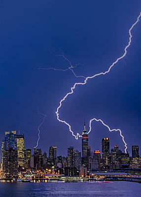 Lightning Bolts Over New York City Art Print by Susan Candelario
