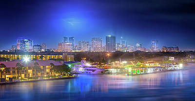 Photograph - Lightning Over Fort Lauderdale by Mark Andrew Thomas