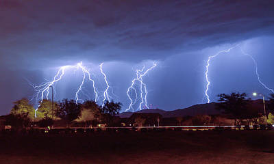 Photograph - Lightning Over Laveen by Kimo Fernandez