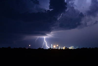 Photograph - Lightning Over Wynnewood  by Vonda Barnett
