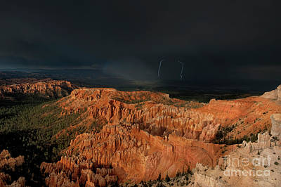 Photograph - Lightning Rainbow Over Hoodoos Bryce Canyon National Park Utah by Dave Welling