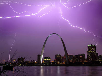 Lightning Storm Over The St Louis Arch Art Print by Garry McMichael