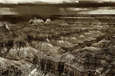 Photograph - Lightning Strike Grand Canyon Bnw-7r2_dsc1382_08122017 by Greg Kluempers