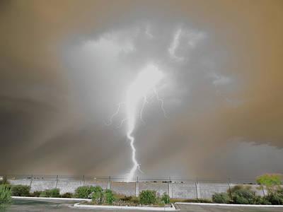 Photograph - Lightningnado by Kimo Fernandez