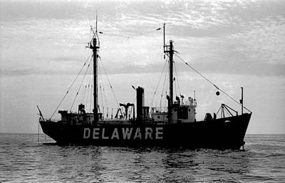 Lightship Delaware Vintage 1968 Art Print by Wayne Higgs