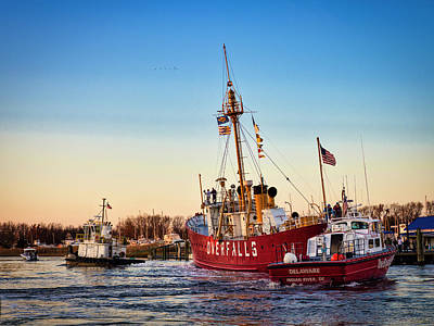 Photograph - Lightship Overfalls by David Kay