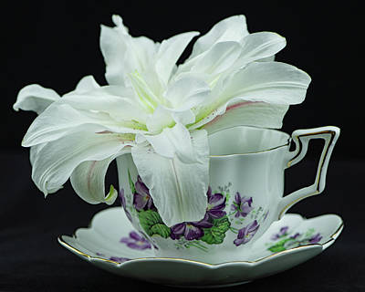 Photograph - Lily With Teacup by Nancy Kirkpatrick