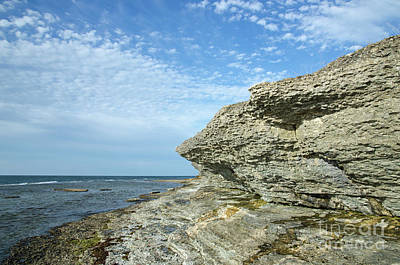 Photograph - Limestone Cliffs by Kennerth and Birgitta Kullman