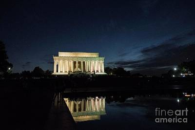 Photograph - Lincoln At Night by David Bearden