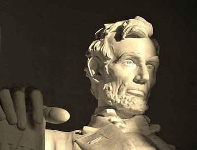 Photograph - Lincoln At Sunrise by Buddy Scott