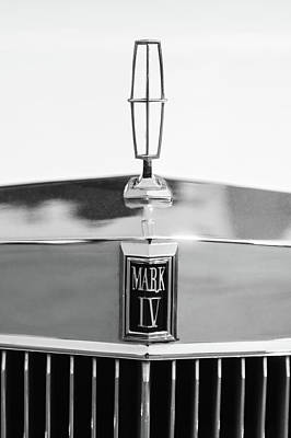 Photograph - Lincoln Continental Mark Iv Hood Ornament - Emblem -ck0139bw by Jill Reger