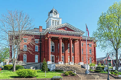 Photograph - Lincoln County Courthouse Stanford by Sharon Popek