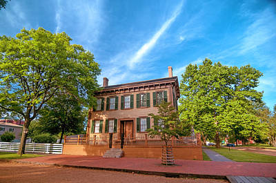 Photograph - Lincoln House by Cathie Crow