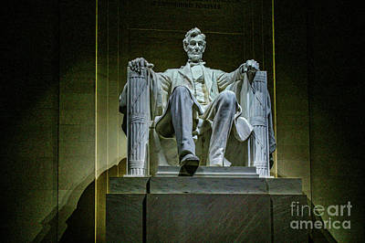 Photograph - Lincoln In Memorial At Night 9478t by Doug Berry
