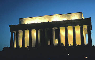 Photograph - Lincoln Memorial At Dusk by Carl Purcell