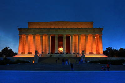 Lincoln Memorial By Night Art Print