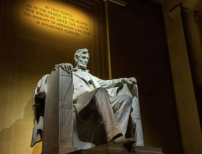 Photograph - Lincoln Memorial by Ed Clark