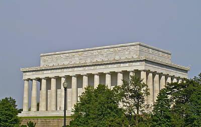 Photograph - Lincoln Memorial by Henri Irizarri