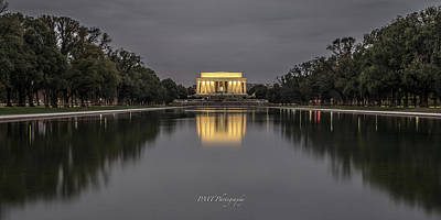 Photograph - Lincoln On The Mall by Paul Treseler
