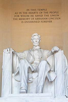 Photograph - Lincoln Statue by Steven Green