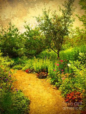 Photograph - Linden Gardens 2 by Tara Turner