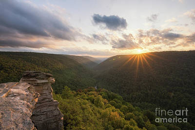 Photograph - Lindy Point Sun Burst  by Michael Ver Sprill