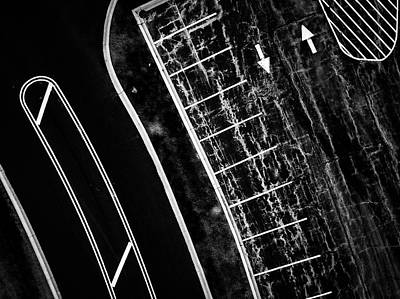 Wall Art - Photograph - Lines by Giovanni Arroyo