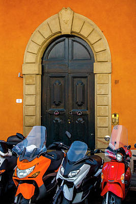 Lined Up In Florence Art Print by Andrew Soundarajan