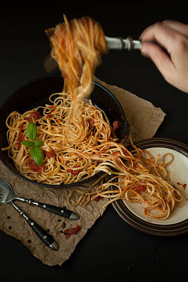 Linguine With Basil And Red Sauce In Cast Iron Pan Being Served Print by Erin Cadigan
