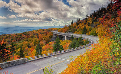 Photograph - Linn Cove Viaduct On The Blue Ridge Parkway by Reid Northrup