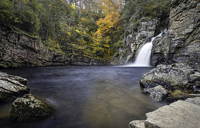 Photograph - Fall Colors At Linville Falls Plunge Basin by Ken Barrett