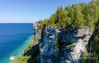 Georgian Bay Photograph - Lions Head Limestone Cliffs by Les Palenik